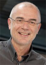 O.Univ.-Prof. Reinhold W. Lang, Institutsvorstand Institute of Polymeric Materials and Testing (IPMT) JKU Linz © JKU Linz